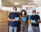 da sinistra Argentati, Monti e Bucchi (CSV Marche) con le mascherine ricevute