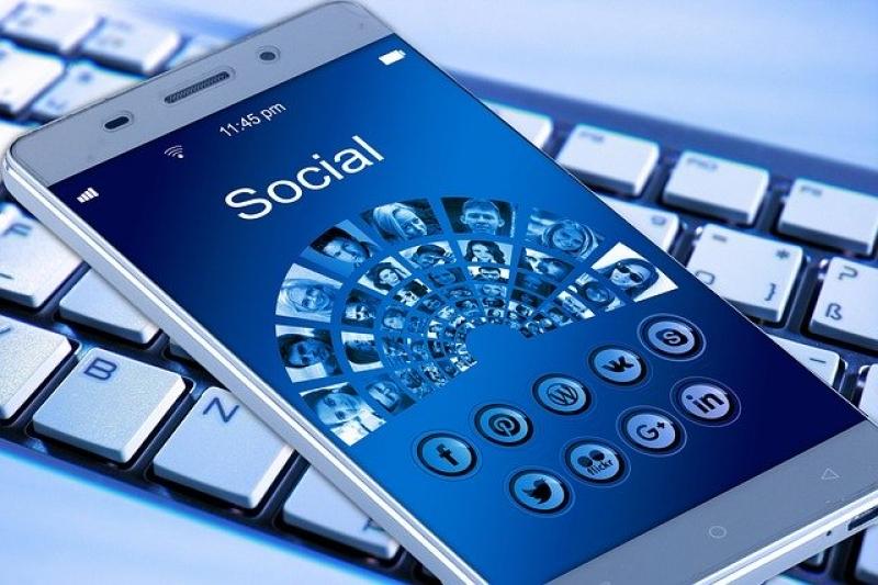 Social, chat, videogame e sicurezza informatica, se ne parla a Monte San Vito
