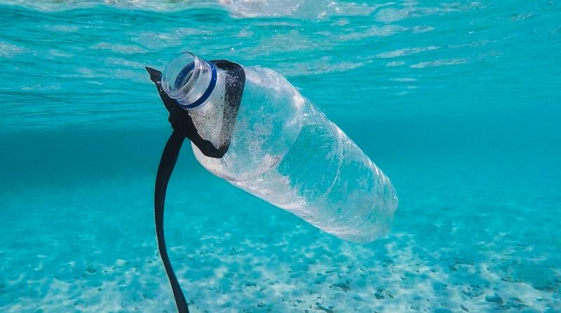 Nuove norme per favorire la riduzione delle plastiche in mare