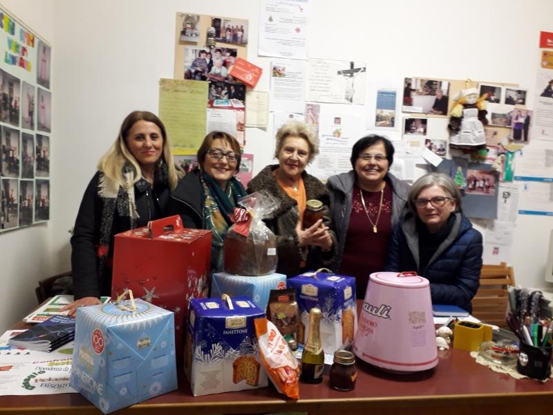 Contro lo spreco alimentare, anche il Moica Marche impegnato nella raccolta e distribuzione di dolci natalizi