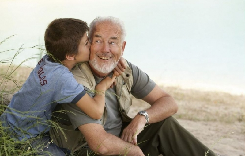 Due corsi per la famiglia e la cura dei nonni