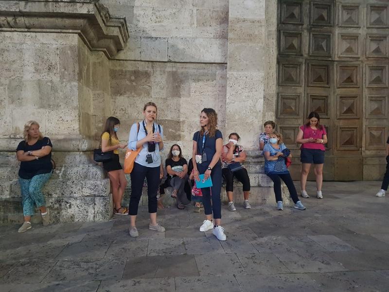 Riprese le camminate culturali del lunedì ad Ascoli con una serata dedicata a Cecco d'Ascoli