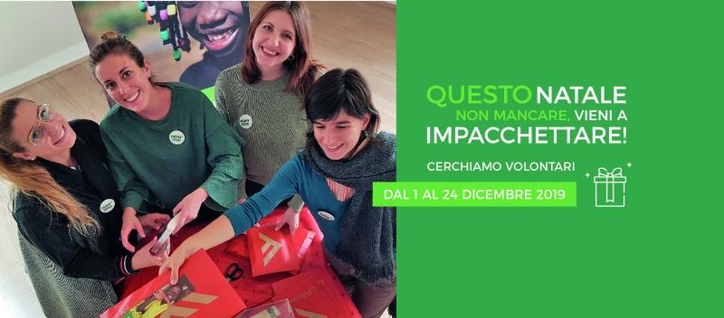 Volontari per la campagna natalizia di Mani Tese