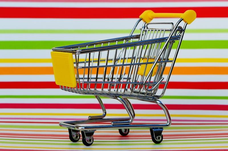 Associazioni e negozi in rete per la Spesa solidale